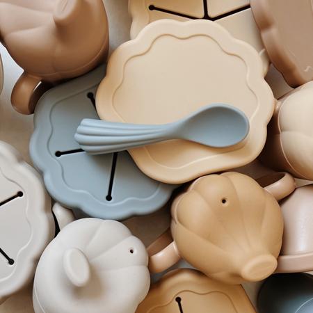 Slika za Konges Sløjd® Silikonski set za hranjenje Warm Grey