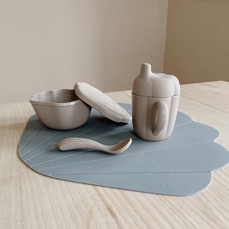 Konges Sløjd® Silikonski set za hranjenje Warm Grey