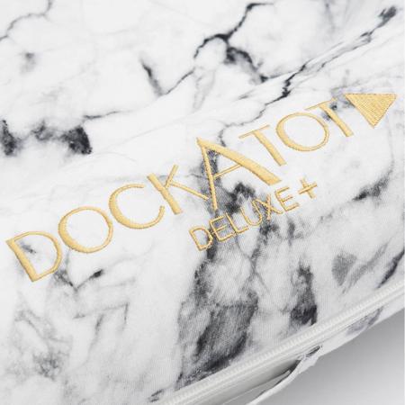 DockAtot® Višenamjensko gnijezdo Deluxe+ Carrara Marble (0-8m)