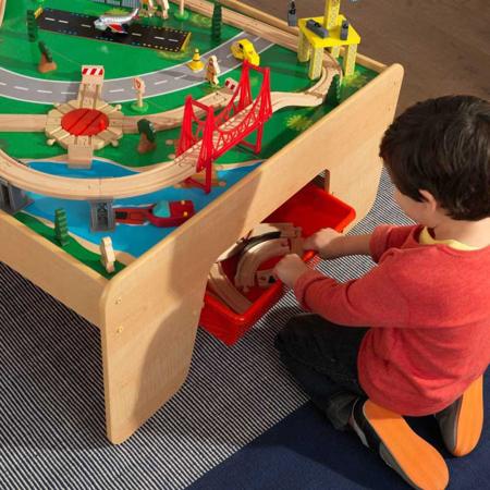 Slika za KidKraft® Stol za igru i set sa željeznicom Waterfall Mountain Train