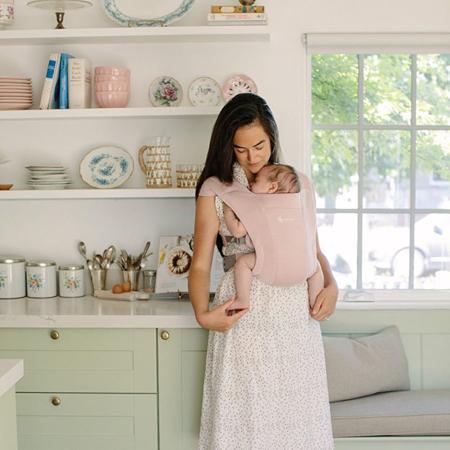 Slika za Ergobaby® Nosiljka Embrace Blush Pink