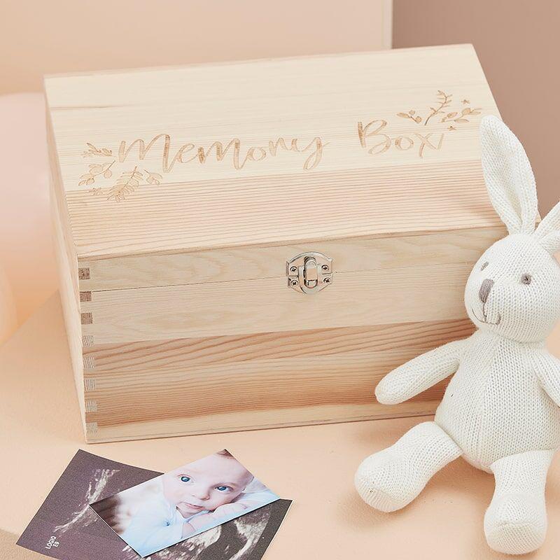 Slika za Ginger Ray® Drvena kutijica Memory Box
