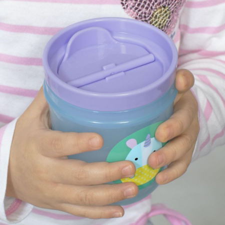 Skip Hop®  Komplet  dvi čašice za pijenje Jednorog/Žirafa